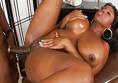 high heels porn : ebony college sluts