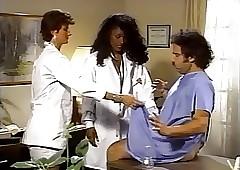 Doctor porn : ebony slut fucked